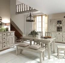 Le charme du pin blanchi, une valeur sûre - Meuble House